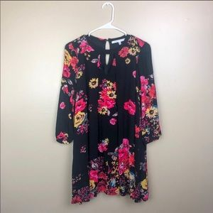 Collective concepts small black red pink floral